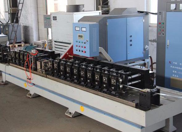高频焊中空隔条设备