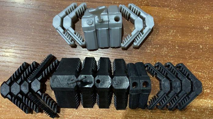 中空铝隔条插角产品